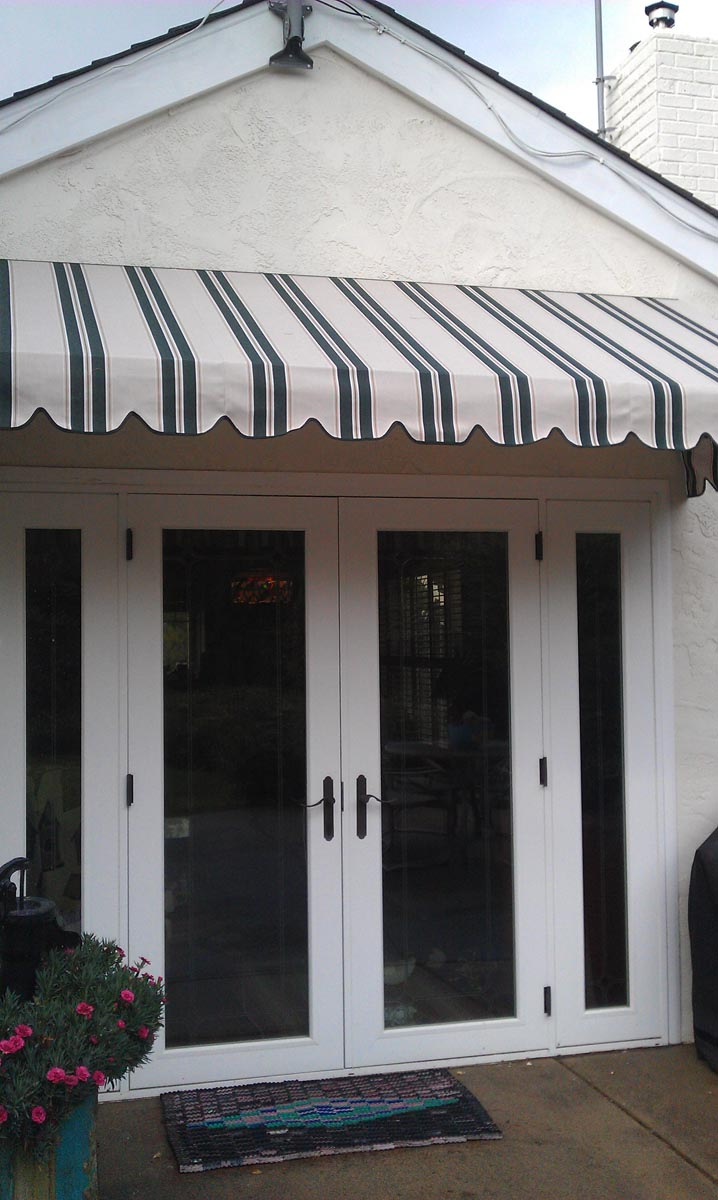Also By Blocking The Sunlight And Providing 98 UV Protection An Awning Will Reduce Cooling Costs Prevent Interior Fabrics From Fading